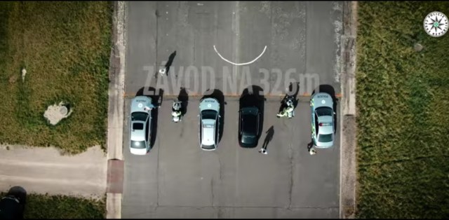 sprint-policejni-auta-video-5
