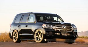 toyota-land-speed-cruiser-rychlostni-rekord-370kmh- (2)
