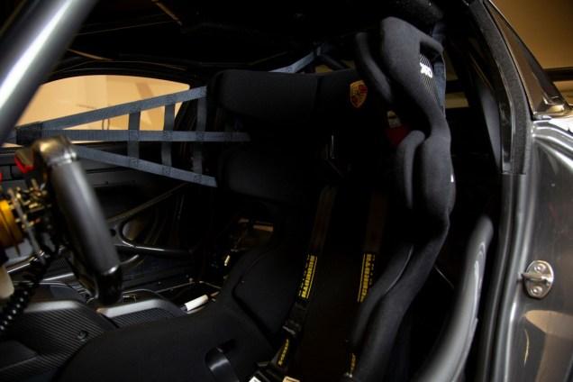 RM-Sothebys-aukce-Porsche_935-s-polepem-Martini_Racing- (12)