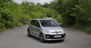 test-2020-volkswagen-up-gti- (2)