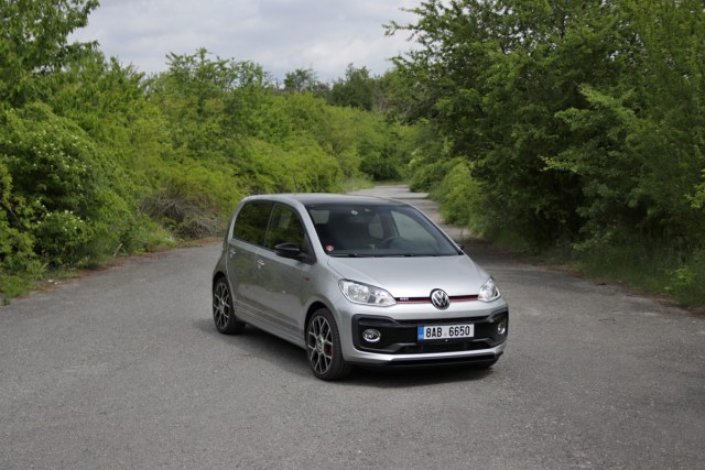 test-2020-volkswagen-up-gti- (2)