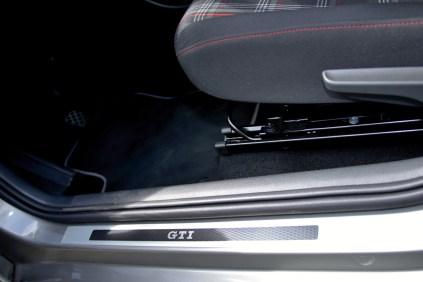 test-2020-volkswagen-up-gti- (24)