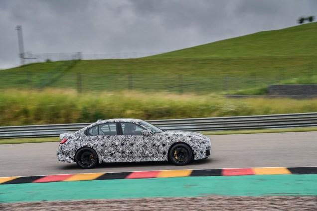 2020-maskovane-BMW-M4-okruh- (15)