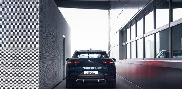 2021-jaguar-i-pace-elektromobil- (8)