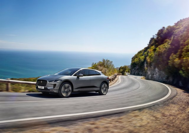 2021-jaguar-i-pace-elektromobil- (9)