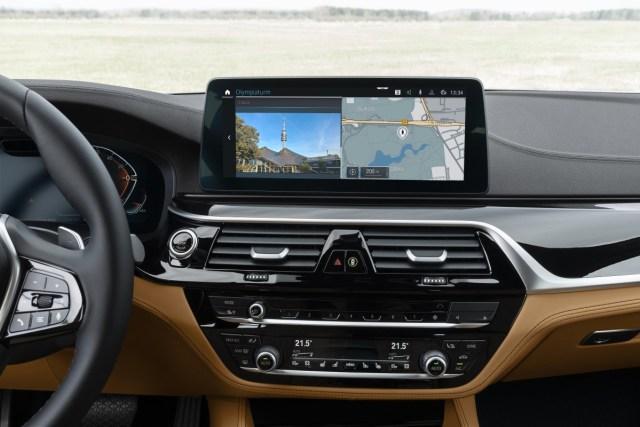 aktualizace-BMW-ConnectedDrive- (1)