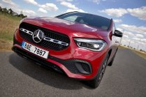 test-2020-mercedes-benz-gla-220d-4matic- (14)