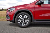 test-2020-mercedes-benz-gla-220d-4matic- (17)