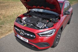 test-2020-mercedes-benz-gla-220d-4matic- (21)