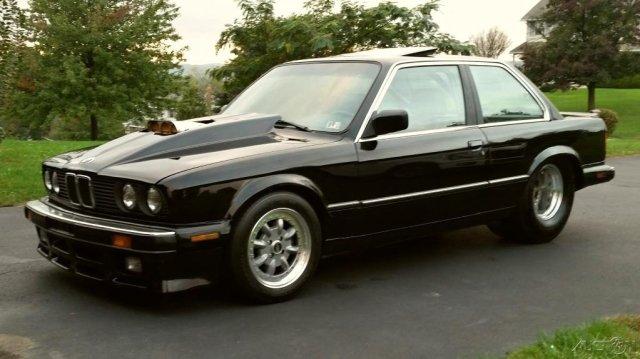BMW-E30-s motorem-chevrolet-na-prodej- (1)