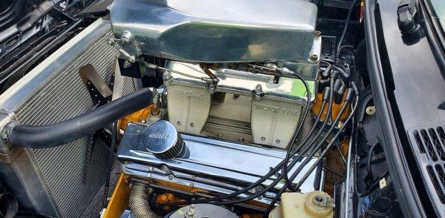 BMW-E30-s motorem-chevrolet-na-prodej- (6)