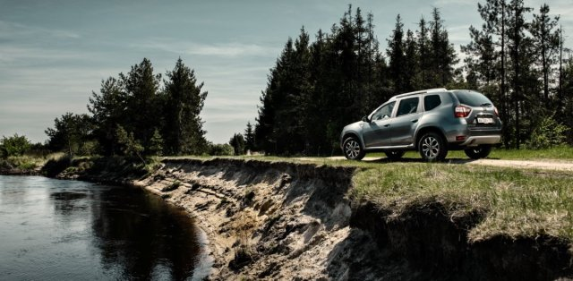 nissan_terrano-na-zakladech-Dacia_Duster- (3)