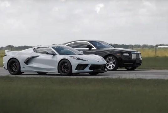 sprint-chevrolet-corvette-c8-a-rolls-royce-wraith-video