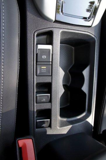 test-2020-volkswagen_t-roc_cabriolet-15-tsi-110kw-dsg- (31)