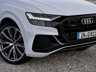 2021-audi-q8-tfsie-quattro-plug-in-hybrid- (10)