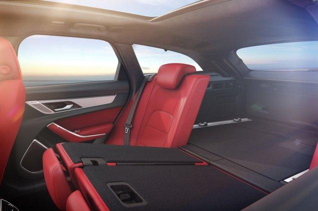 2021-facelift-Jaguar_XF-interier- (11)