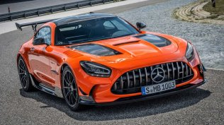 2021-mercedes-amg-gt-black-series- (1)