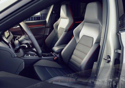 2021-volkswagen-golf-gti-clubsport- (6)