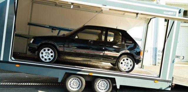Aventure-Peugeot-renovace-Peugeot_205-GTi- (1)