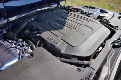 Test-2020-Jaguar_F-Type-Coupé-P450-RWD- (29)