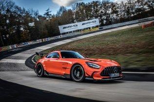 Mercedes-AMG_GT_Black_Series-rekord-na-okruhu-Nurburgring- (4)