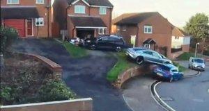 porsche_taycan-nehoda_pri_parkovani