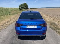 test-2020-plug-in-skoda_superb_iv-sportline- (6)