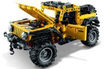 LEGO_Technic-Jeep_Wrangler_Rubicon- (3)