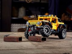 LEGO_Technic-Jeep_Wrangler_Rubicon- (9)