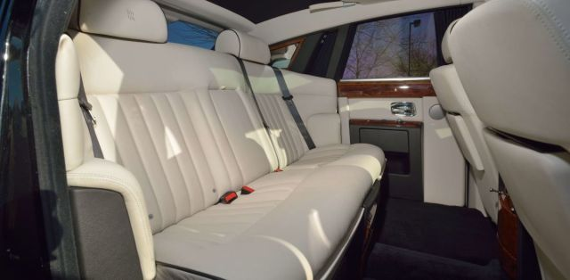 Rolls-Royce_Phantom-Donald_Trump-5