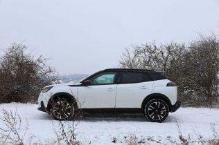Test-2021-elektromobil-Peugeot_e-2008- (10)