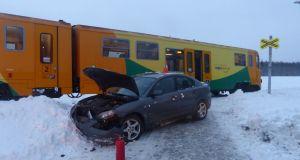 nehoda-mazda-vlak-1