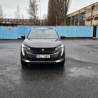 prvni_jizda-2021-peugeot_5008-facelift- (1)