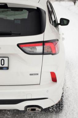 test-2021-hybrid-ford-kuga-hev- (13)