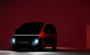 2021-Hyundai_Staria-teaser- (1)