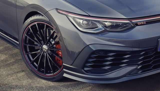 2021-Volkswagen_Golf_GTI _Clubsport_45- (2)
