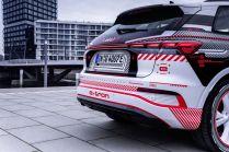 2022-elektromobil-Audi_Q4_e-tron- (6)