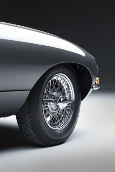 Jaguar_E-TYPE-oslava_60_let-limitovana_edice- (13)