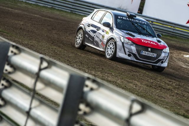 Peugeot_208_Rally4-Peugeot_Sport- (1)