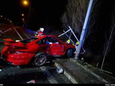 nehoda-Porsche_911_GT2-Ostrava