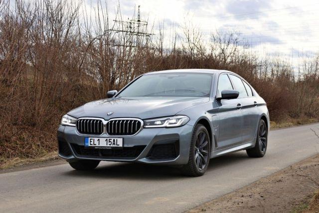 test-2021-BMW_530e_xDrive-PHEV-exterier- (3)