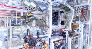 zahajeni_vyroby-elektromobil-Audi_Q4_etron- (1)