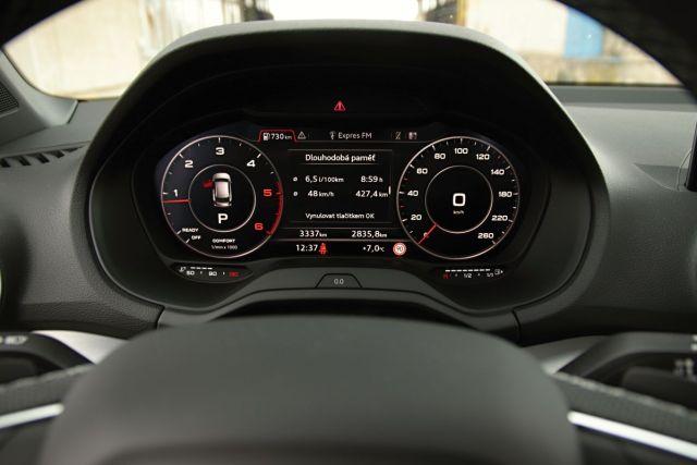 Test-2021-Audi_Q2_35_TDI_quattro- (20)
