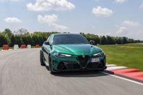 2021-Alfa_Romeo_Giulia_GTA- (7)