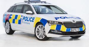 Skoda_SUperb_Combi-policie-Novy_zeland