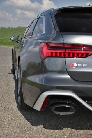Test-2021-Audi_RS6_Avant- (17)