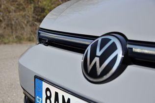 test-2021-volkswagen-golf-variant-15-etsi-dsg-r_line- (11)