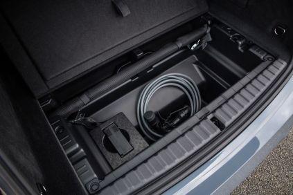 2022-BMW_IX-elektromobil- (9)