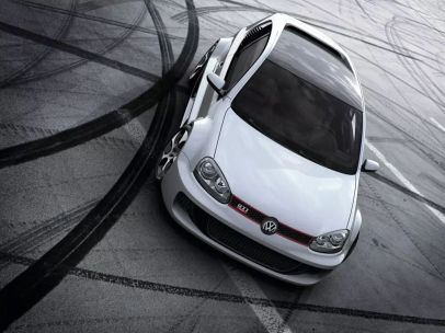 2007-Volkswagen_Golf_GTI_W12_650_Concept-historie- (1)