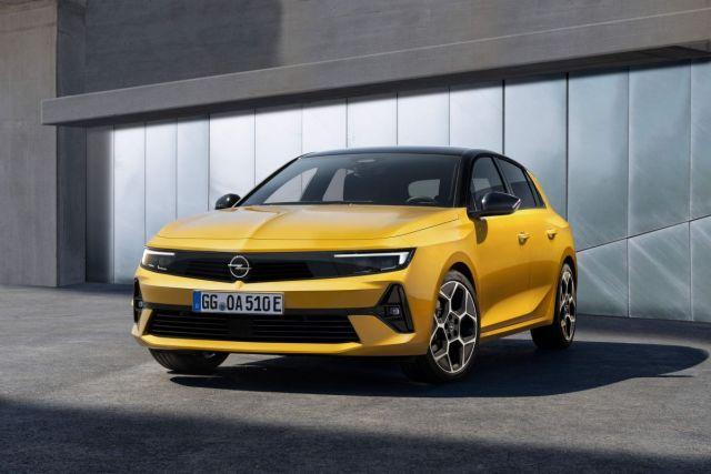 2022-Opel_Astra-1